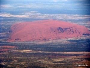 Uluru aus der Luft