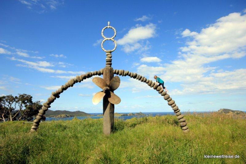 Das Denkmal der Rainbow Warrior