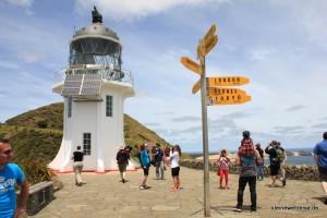 Leuchtturm und Wegweiser am Cape Reinga