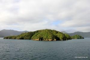 Insel von der Fähre aus gesehen
