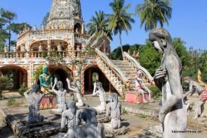 Figuren in der Hölle des Buddhismus