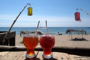 Melonenshake und Lemon Ice Tea am Klong Jaak Beach