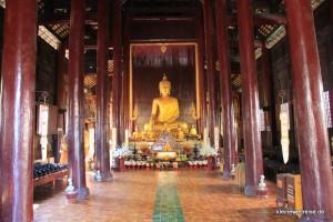 Tempel aus Holz
