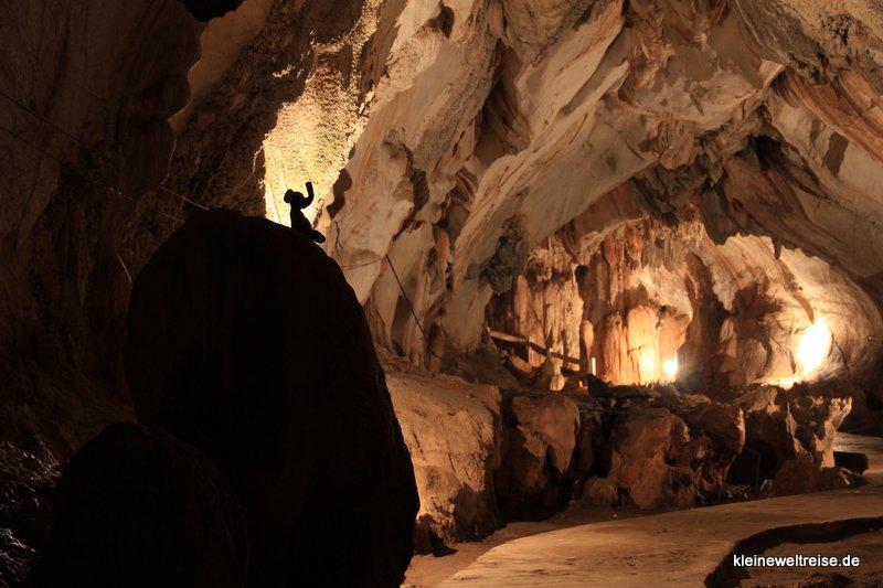 Fanta in der Höhle in Vang Vieng