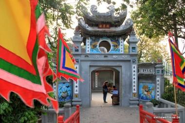 Tempeleingang auf der Insel