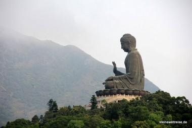 der Tian Tan Buddha