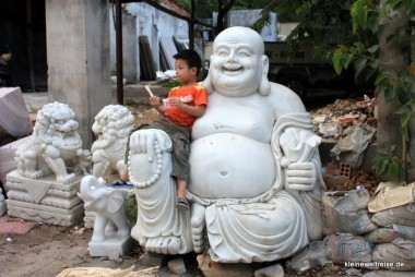 Happy Buddha mit happy boy