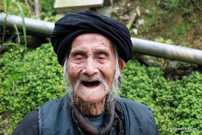 mann ohne zähne