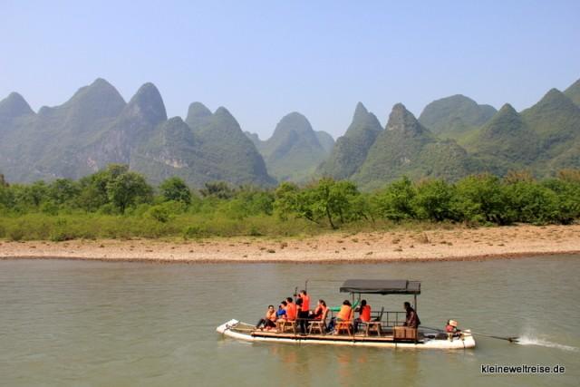 kleine Floße auf dem Li River