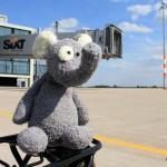 Flughafen BER: Mit dem Rad über die brandneue Startbahn