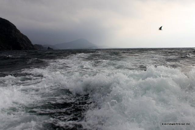 los gehts durch die Wellen