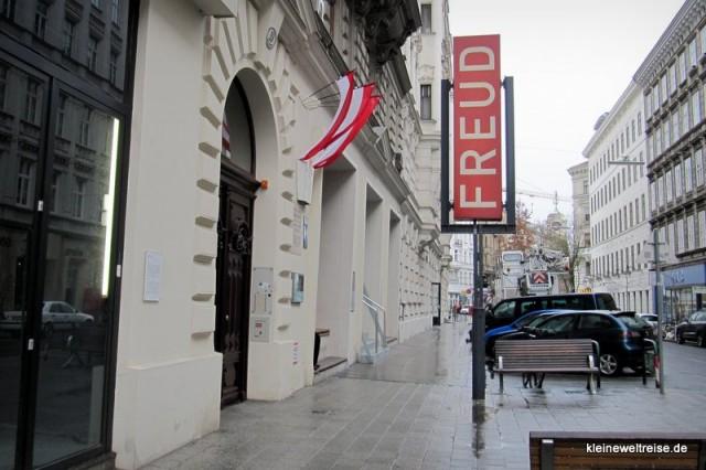 Bei Freud vor der Tür