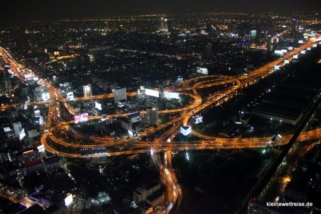 Linien: Bangkok bei Nacht