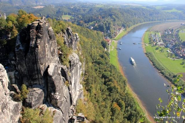 Der Blick auf die Elbe 1