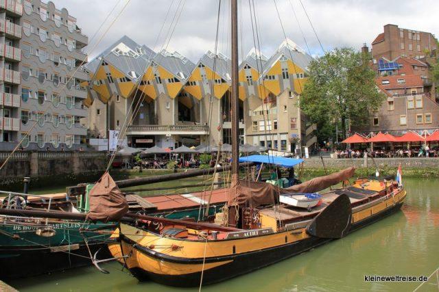 Kubushäuser am alten Hafen