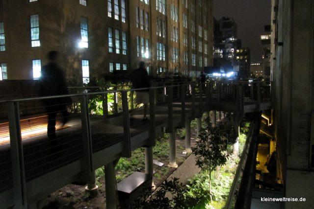 High Line bei Nacht